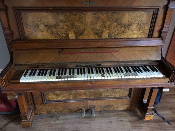 Pianino stare ładne drewno