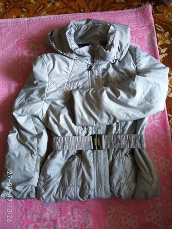 Куртка деми,светлосерая.Размер 40-46