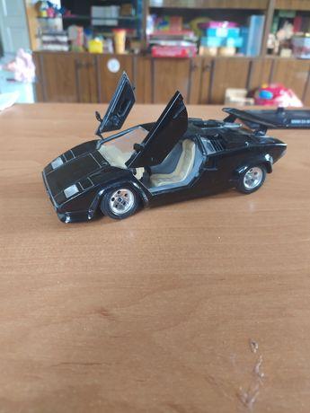 Lamborghini Countach (1988) Коллекционная машинка