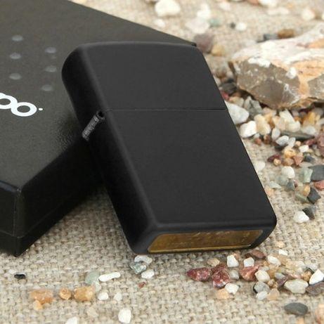 Zippo Black Matte + Akcesoria