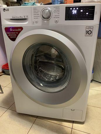 Продам стиральную машинку LG. Самовывоз! Киев!