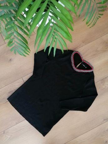 Czarny sweterek bluzka Zara ze zdobieniem przy szyi łańcuszek rozm. S