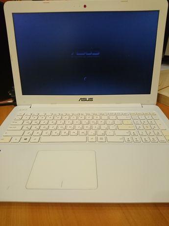 Ноутбук Asus e502s с коробкой