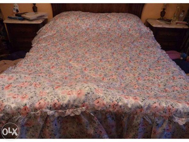 Edredom / coberta em cetim para cama de casal com largura ate 1.5 metr