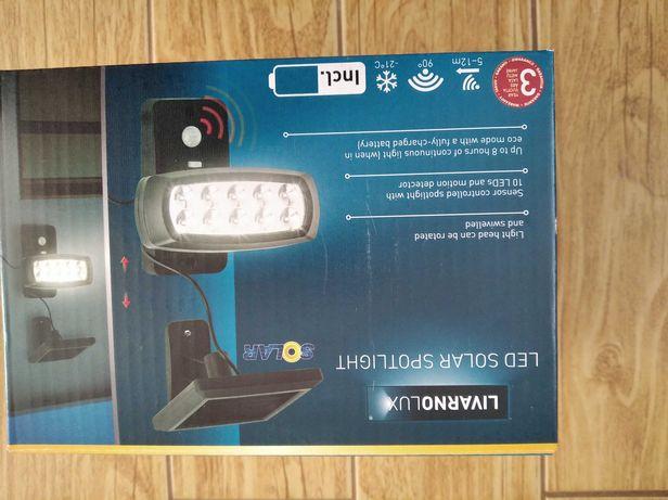 Nowy reflektor solarny LED z czujnikiem ruchu