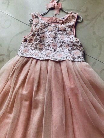 Очень нарядное красивое платье из США (H&M),р.128, б/у. 1500грн