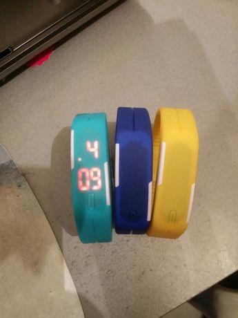 Часы электронные заморские желтые, синие,бирюзовые,коричневые,серые и