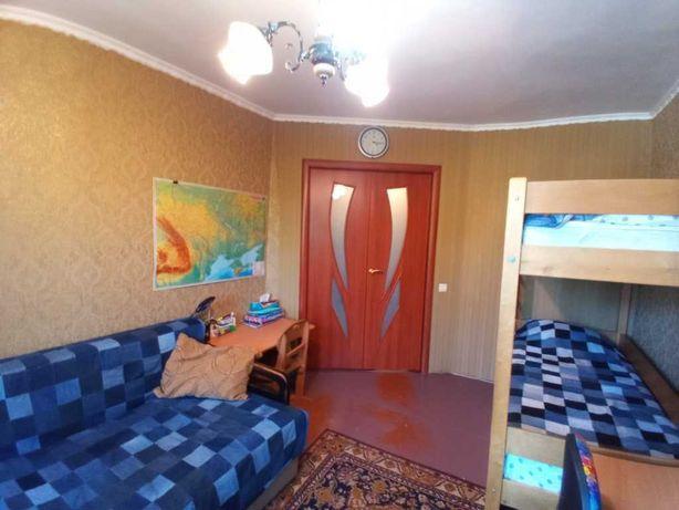 2-х кімнатна,  Поділ , середній поверх
