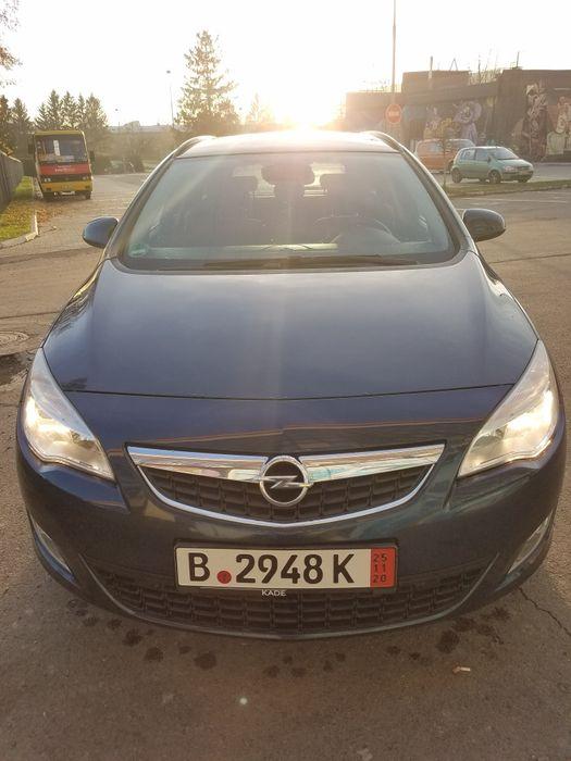 Opel Astra J Sports Tourer Луцк - изображение 1