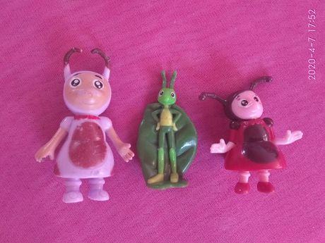 Игрушки-киндеры-Мила розовая и Кузя (Мила в красном продана)