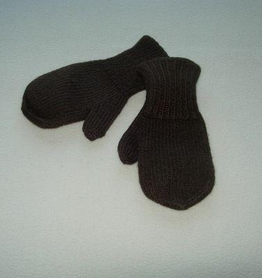 Тёплые рукавички, мягкая шерсть, цвет шоколад. Размер 3, 3-6 лет
