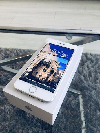 iPhone 8 64 GB - stan bardzo dobry!