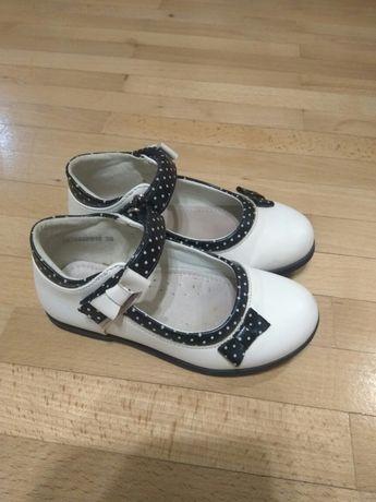 Туфельки для маленької принцеси