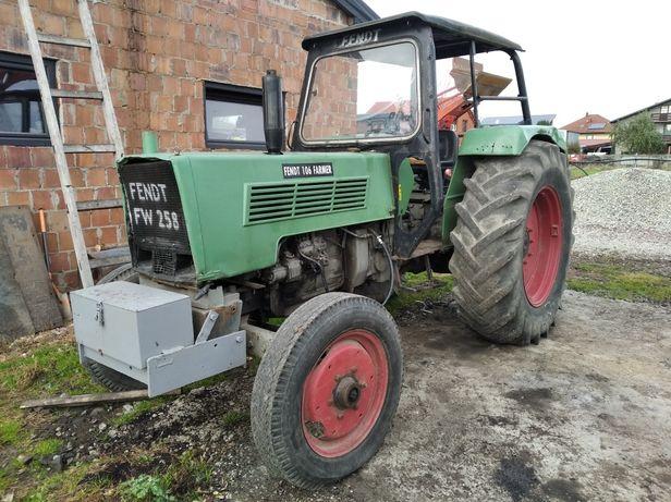 Ciągnik rolniczy Fendt Farmer 106 turbomatik