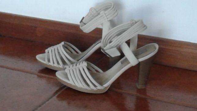 Sandálias pérola confortáveis - 39