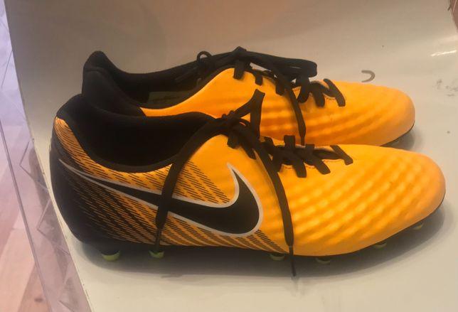 Orginalne korki Nike nowe 42