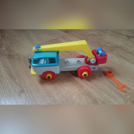 autko samochód PRL. dźwig + klucz rozkrecane