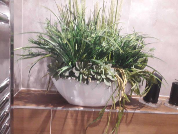 Stroik, kompzycja ozdobna, sztuczne rośliny