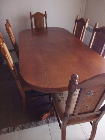 Sprzedam drewniany stół z 6 krzesłami do jadalni