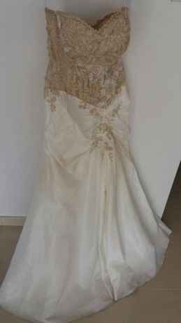 Suknia slubna syrena Giselle zloto koronka