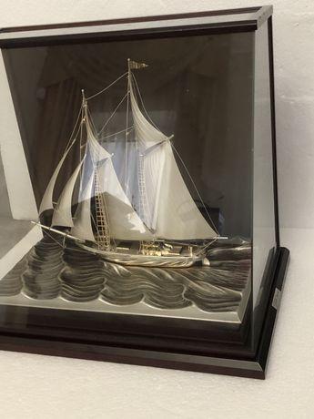 Яхта серебряная, серебро 985 , японское окимоно