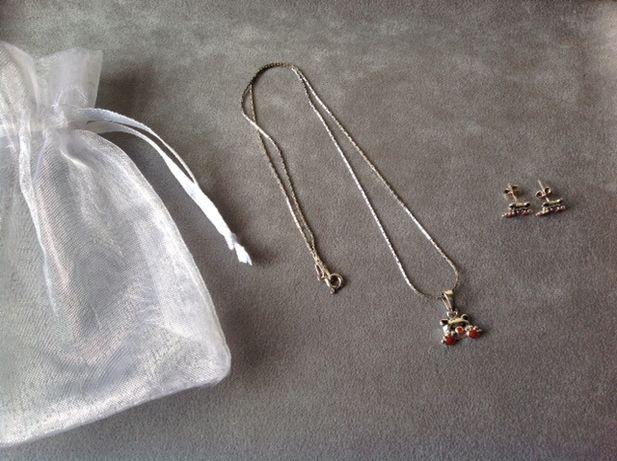 Conjunto colar e brincos em prata com um urso