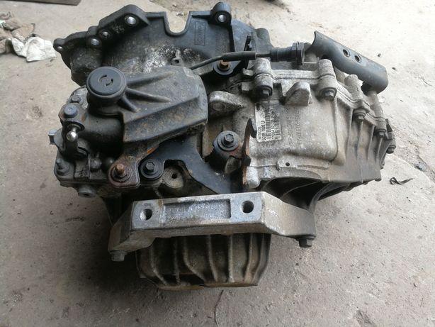 Skrzynia biegów manualna 2.4 D5 V70 III S80 II 6G9R7002LF