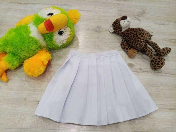 Белоснежная юбка с плиссировкой на девочку 5-9 лет