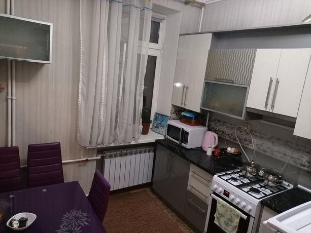 Сдам комнату в центре города возле Юлибейного