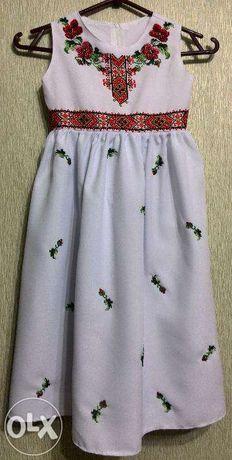 Детское платье, вышивка бисером