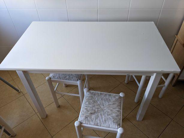 Mesa Branca rectangular
