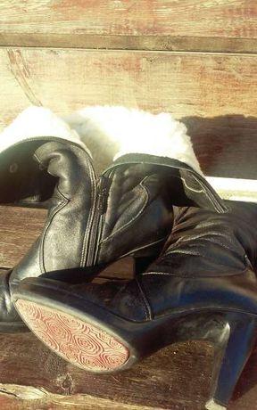 Продам кожаные зимние сапожки