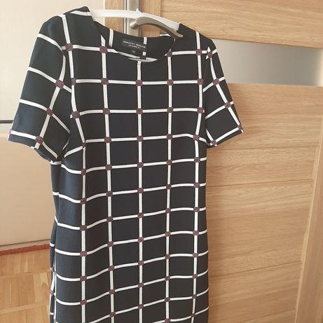 Sukienki rozmiar 38 każda
