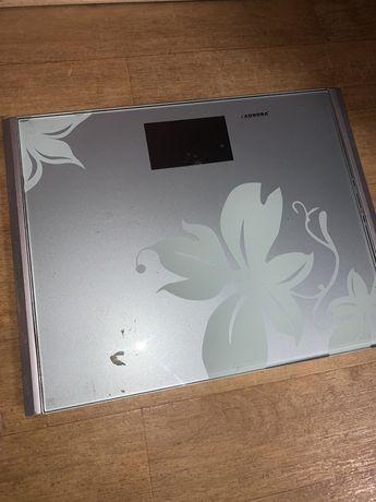 Весы напольные Aurora