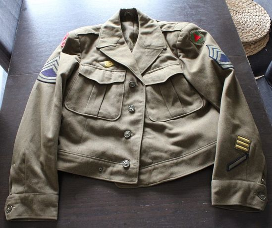 Ike jacket WWII 44r 9th army