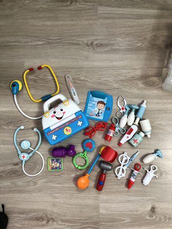 Zabawa w lekarza lekarz fischer price zestaw zabawek