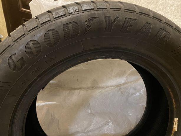Продам комплект летней резины Good year Efficient grip 185 65 R14