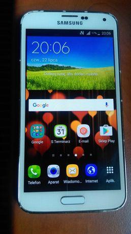 Biały Samsung Galaxy S5 / SM-G900F