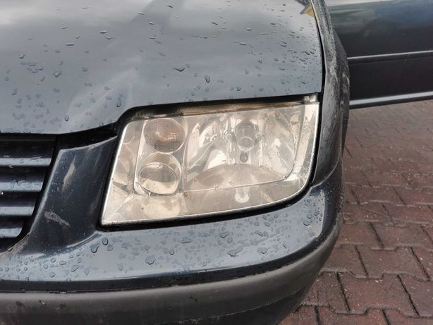 Lampa przednia lewa  VW Bora EU