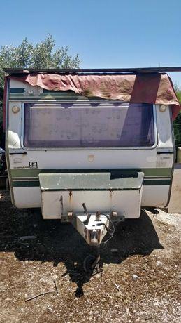 Caravana / Roulote com documentos a funcionar.