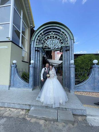 Плаття весільне айворі