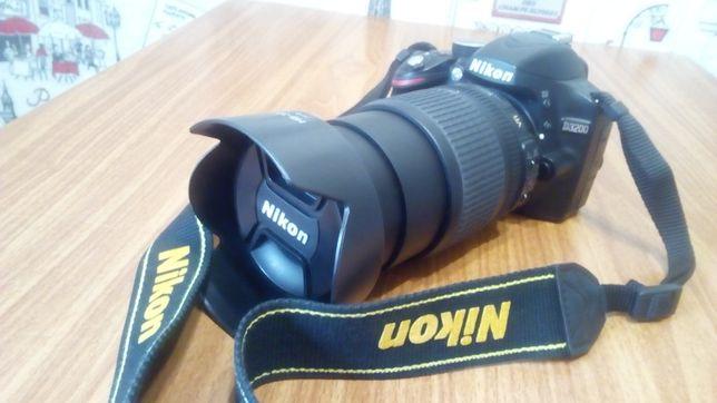 Продам Nikon D3200 18-105mm