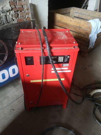 Prostownik 80V baterii trakcyjnej wózka widłowego