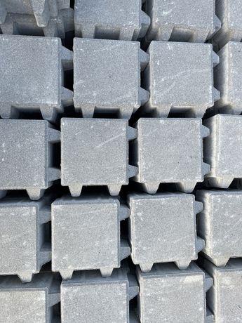 Kostka brukarska betonowa