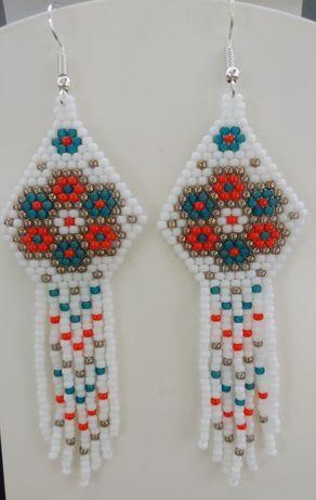 Śliczne kolczyki wykonane z koralików Toho