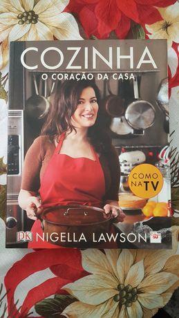 """livro """" Cozinha o Coração da Casa"""""""