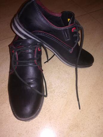 Pantofle komunijne chłopięce rozmiar 34 PILNE