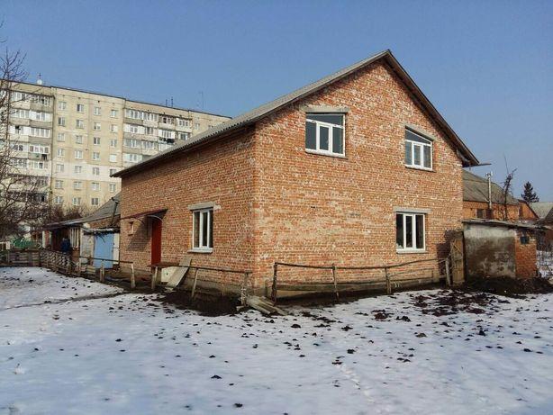 Продам 2 будинки на одній території