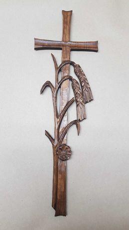 Drewniany krzyż, rzeźba Polska, płaskorzeźba, rękodzieło, handmade