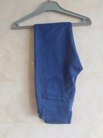 Niebieskie spodnie rurki vintage grunge punk emo rock